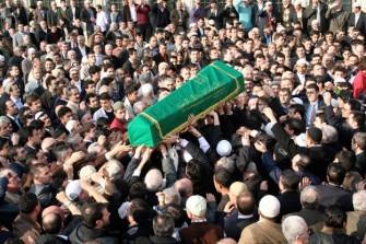yeniköylü naim demirbaş vefat etti<br><span class='mansetaltyazi'>demirci osman 'ın damadı vefat etti</span>